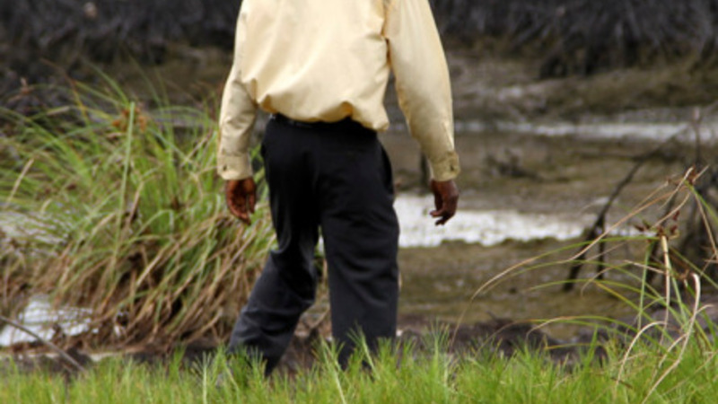 Shell to pay £55m compensation for oil spill