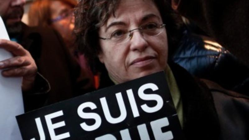'Solidarity' in Paris after shooting