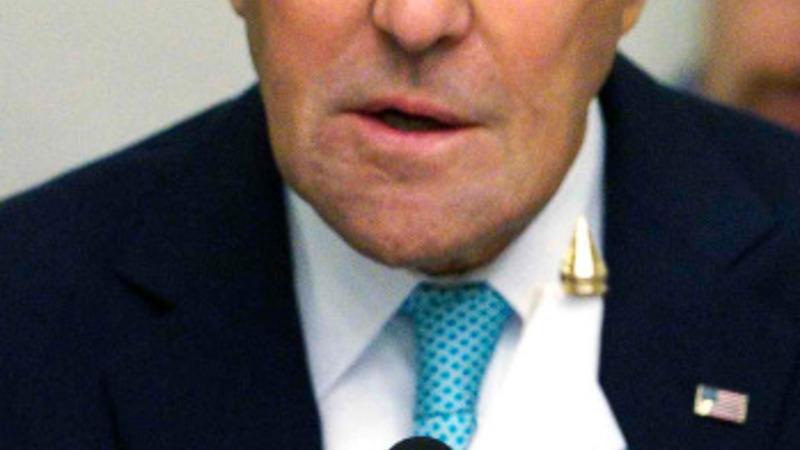Kerry says Pakistan must fight terror groups