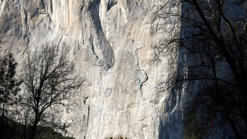 Climbers reach top of 3,000-foot wall