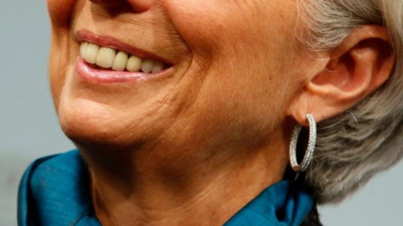 Lagarde: Oil drop can't offset global weakness