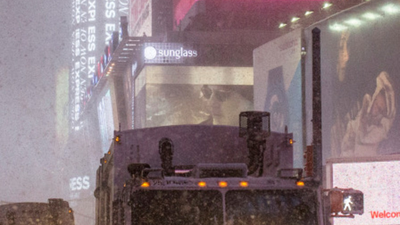 NY officials defend huge snow response