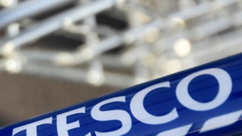 Profit probes pile up at Tesco
