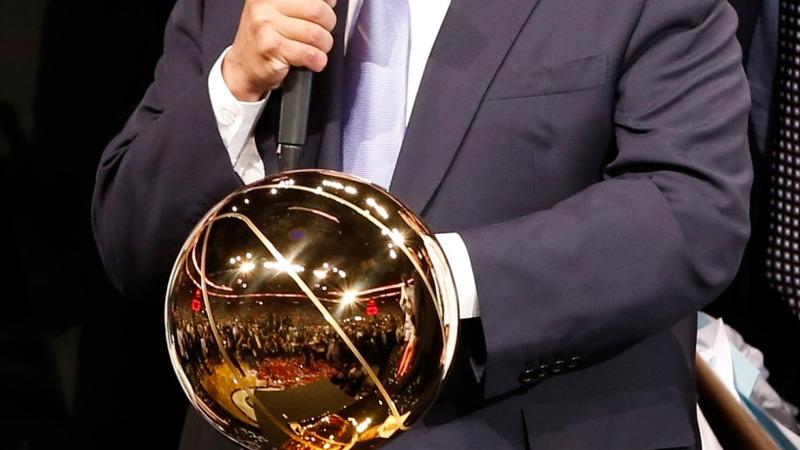 Former NBA boss gets behind legal betting