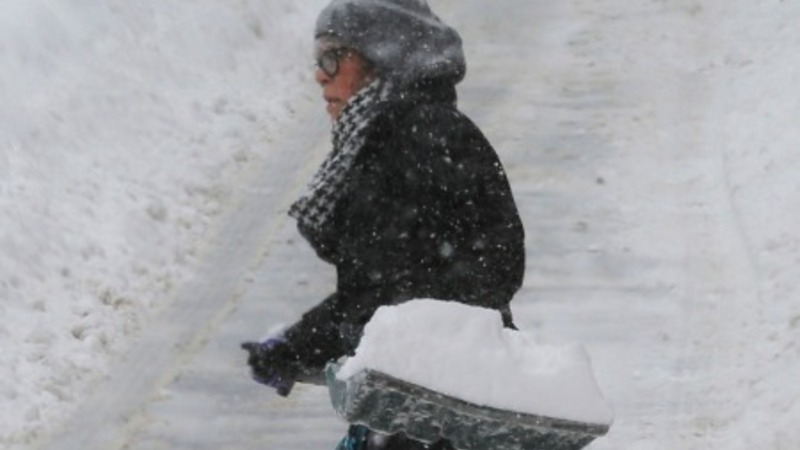 Blizzard breaks Boston weather record