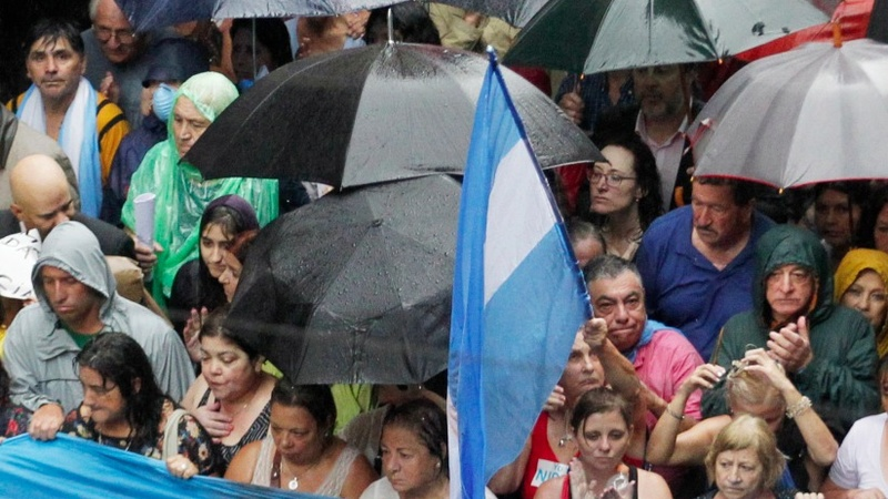 Thousands protest for justice in Argentina