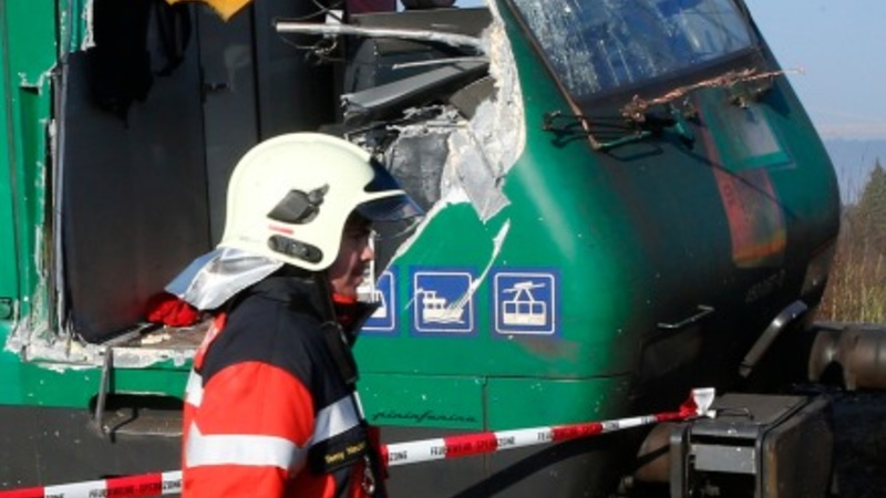 Injuries as Swiss trains collide