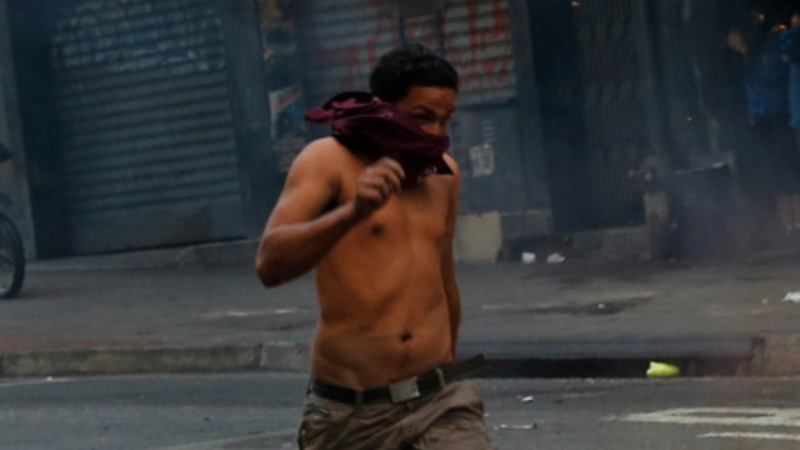 Violent protests flare up in Venezuela