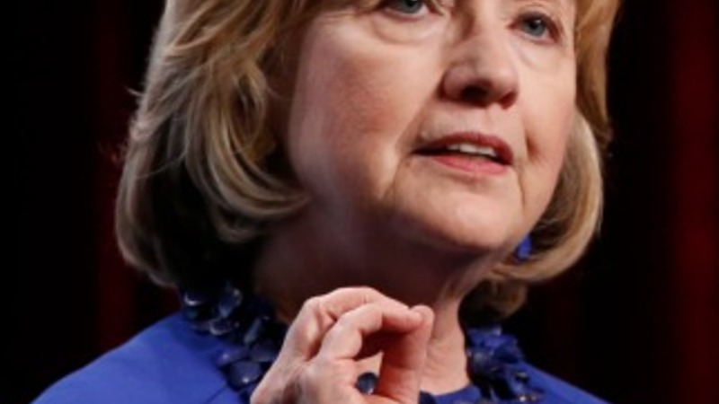 Green groups wary of Clinton's ties to oil