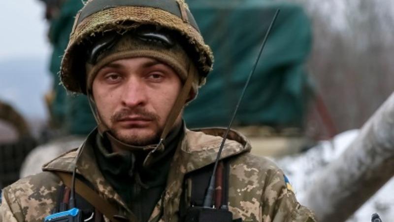Ukraine pulls back arms as UN meets