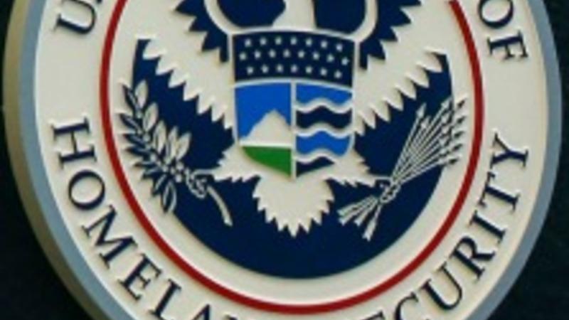 Pressure grows to fund DHS as deadline looms