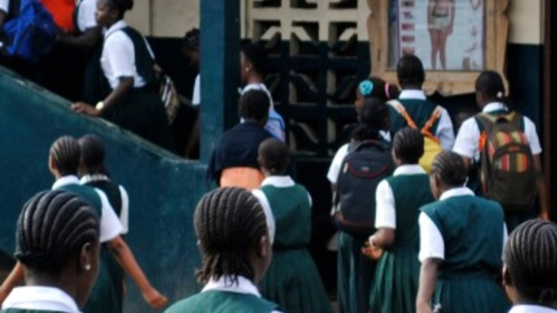Liberian schools reopen as Ebola cases fall