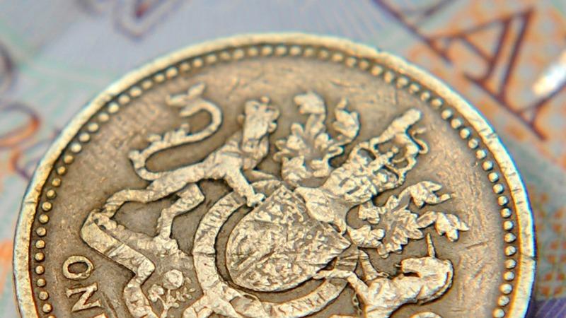 UK living standards back to pre-crisis level