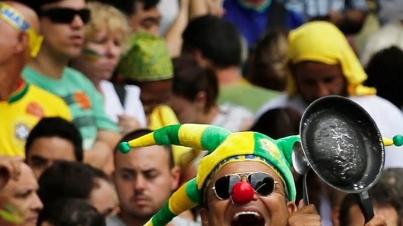 1 million protest Brazil's president Rousseff