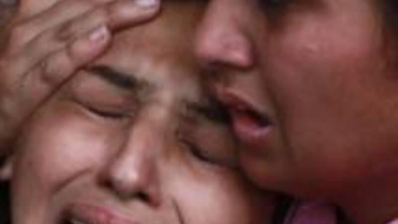 Pakistan mourns Lahore bomb blast victims