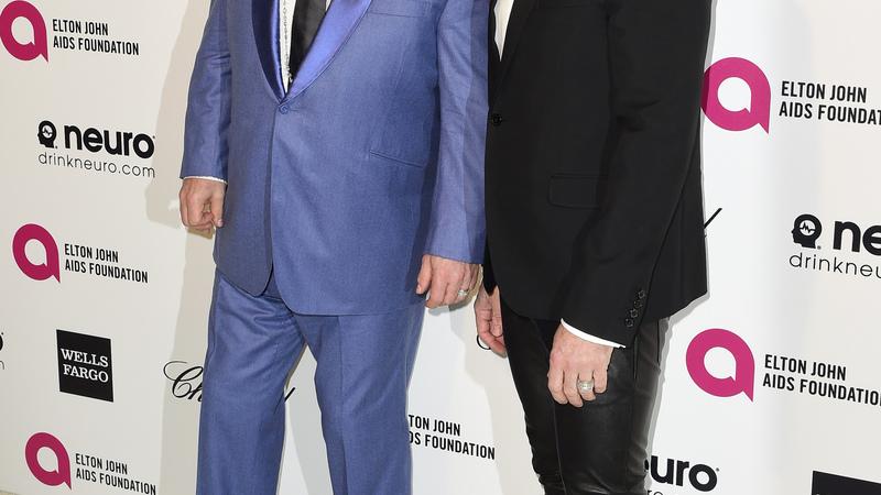 Elton John slams Dolce & Gabbana