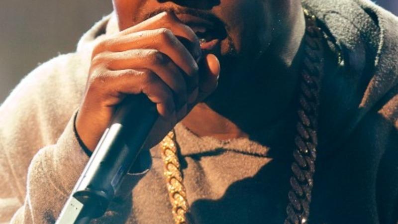 Kanye West to perform at Glastonbury
