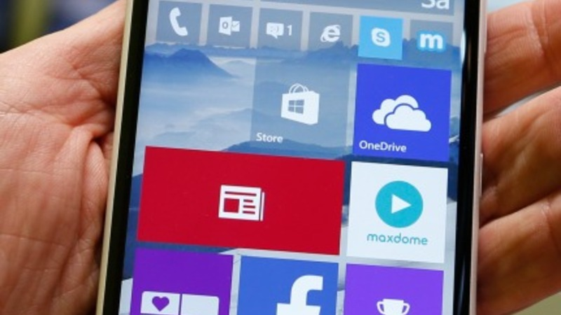 Microsoft promises free upgrades in China