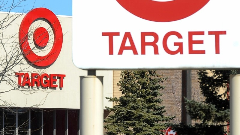 Target raises minimum wage