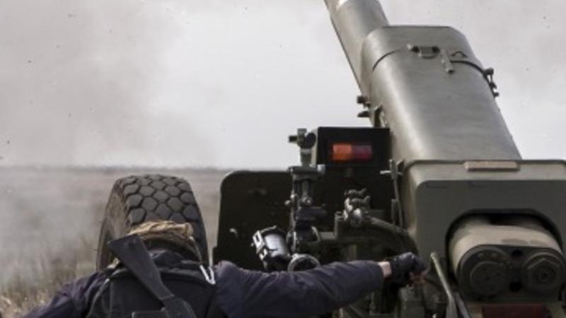 EU links Russia sanctions to Ukraine truce deal