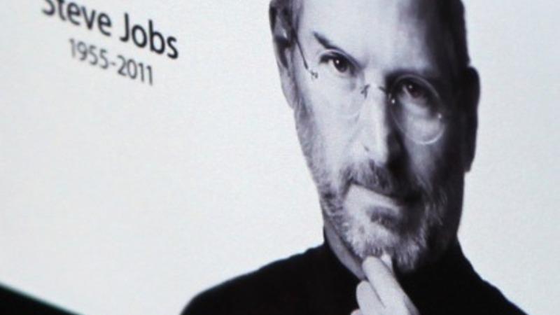 New Jobs bio gets praise from Apple execs