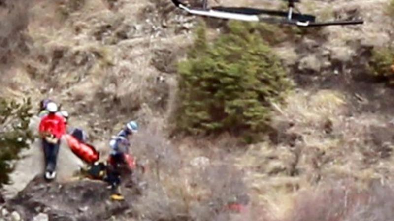 Families of Germanwings crash arrive on site