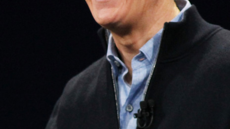 Tim Cook to give away all his money