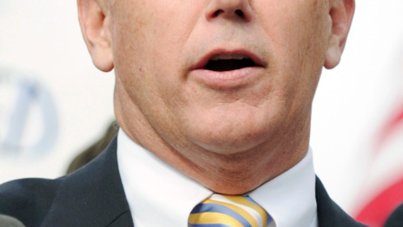 Indiana governor to 'clarify' anti-gay law
