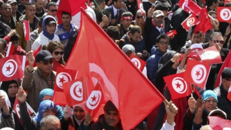 Thousands march in Tunis over Bardo attack