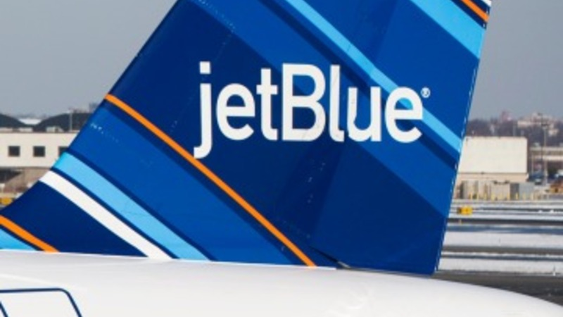 JetBlue system outage causes delays