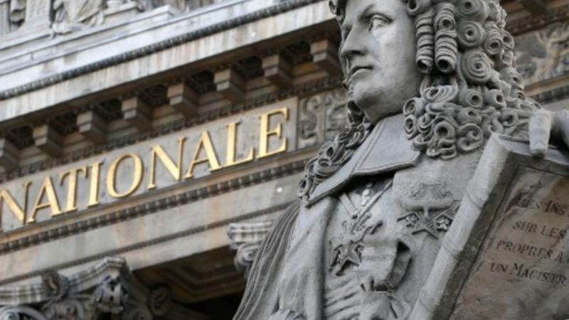 France scraps law punishing sex clients