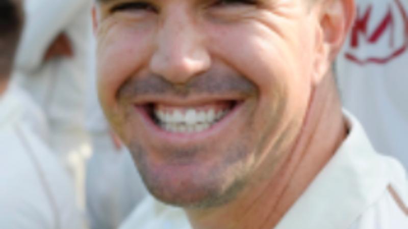 Pietersen begins bid for England cricket recall