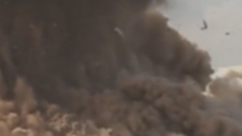 Video: Islamic State destroys Nimrud