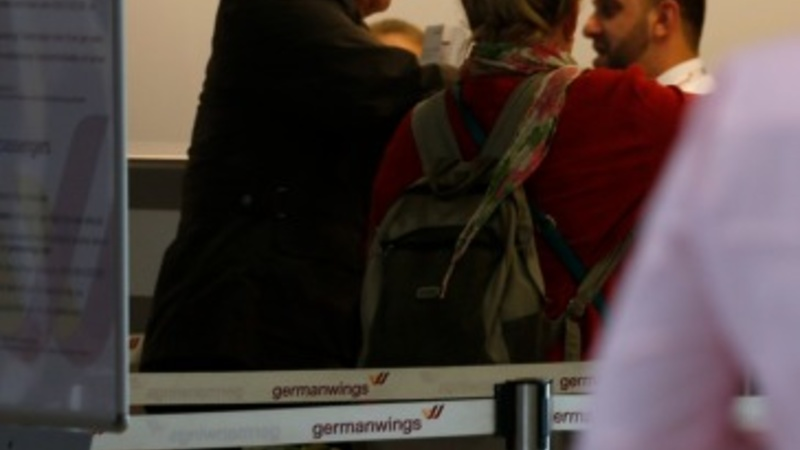Germanwings flight grounded after bomb threat