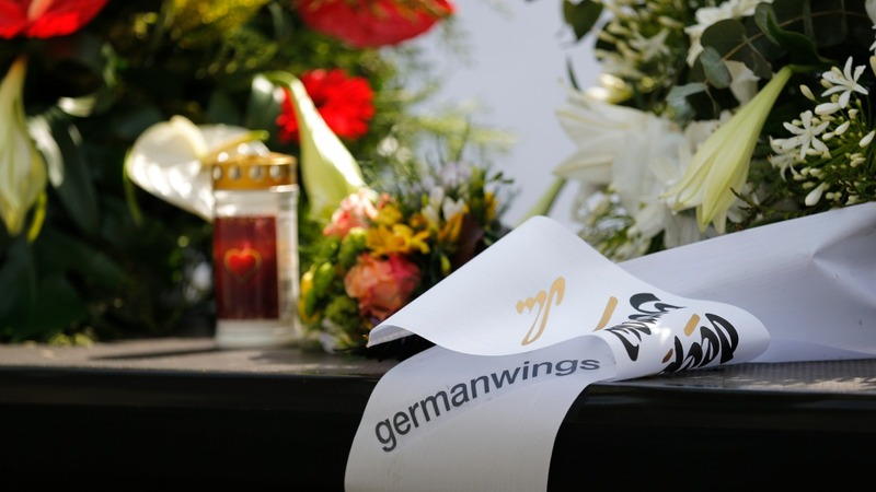 Cologne service honours Germanwings victims