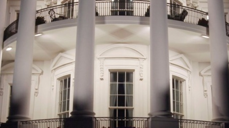 Yet another intruder scales White House fence