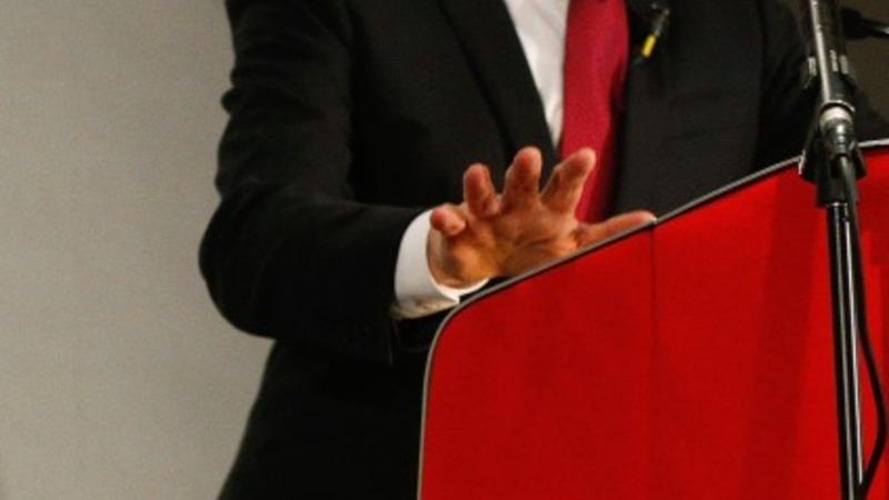 Miliband pledge to 'save NHS'