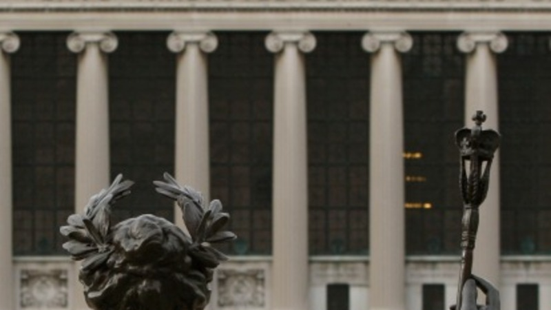 Student accused of rape sues Columbia U.