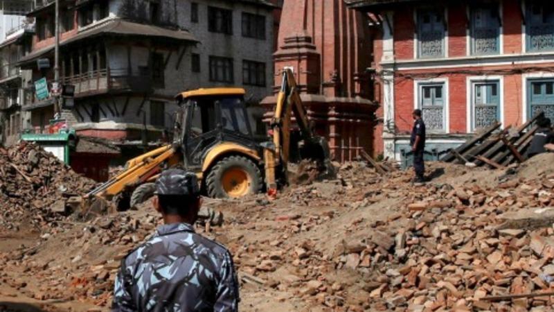 International aid arrives in Nepal