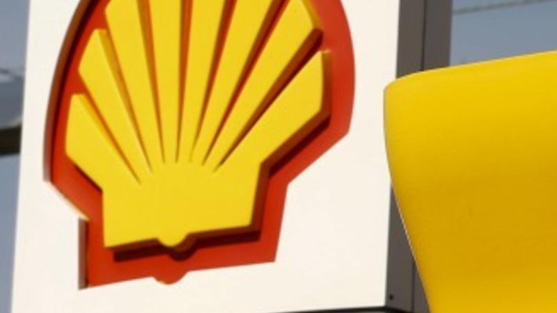 Shell beats expectations, denies mega-deal