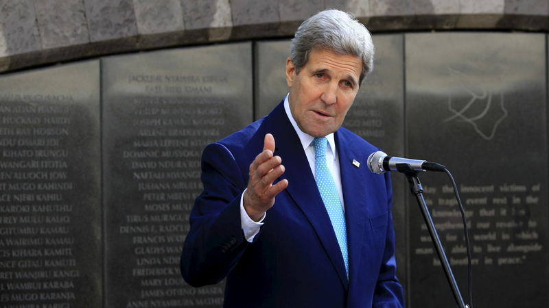 Kerry in Kenya to help combat militants