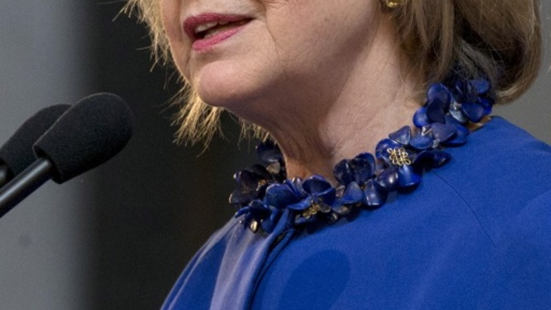 Clinton shifts immigration stand for 2016 run