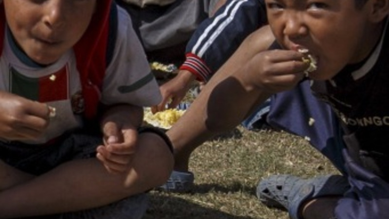 Tension after slow aid relief in Nepal
