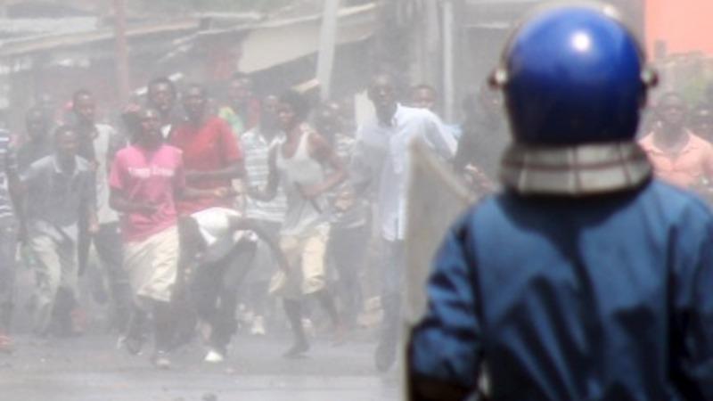 Burundi court clears president to run again