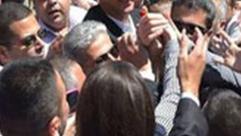 Syria's Assad makes rare public appearance