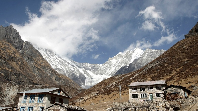 Nepal's trekking paradise turns into nightmare