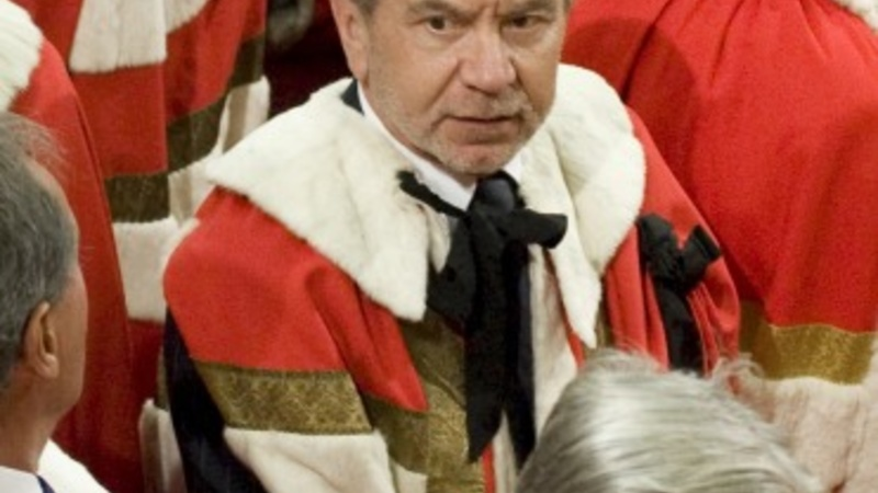 Alan Sugar resigns from Labour party