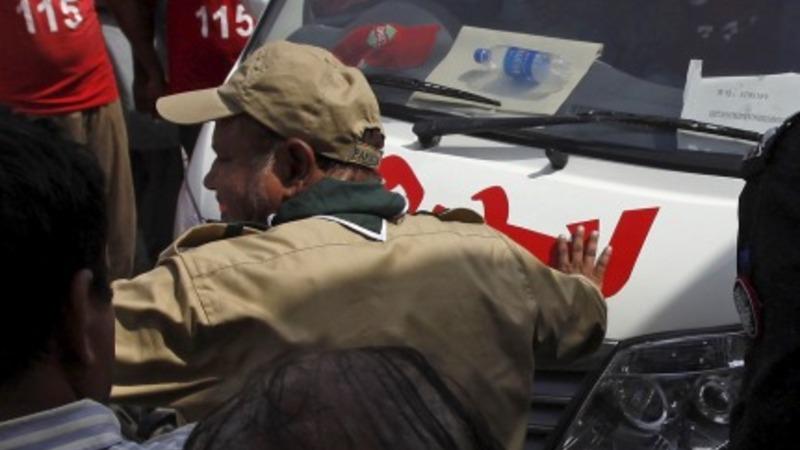 Gunmen kill 43 on a bus in Pakistan