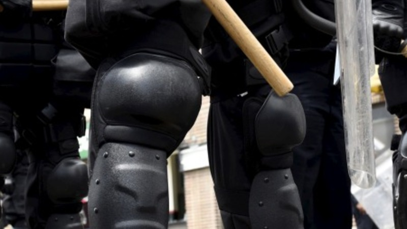 Obama restricts riot gear for local police