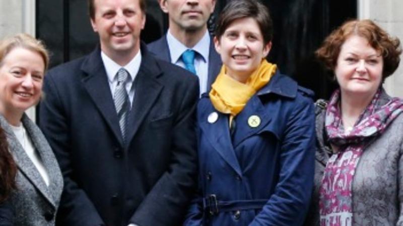 UK parties unite over electoral reform